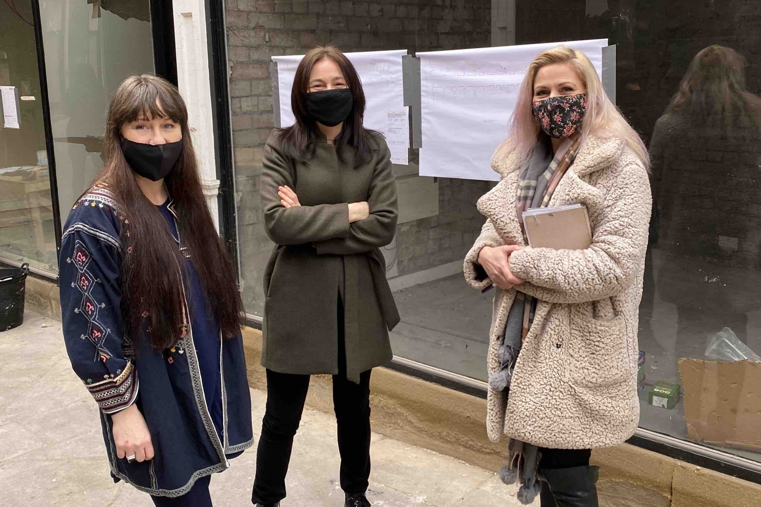 Feb '21. Emma Noble @thebombzz, handmade bath bombs, talking to Natalie Liddle and Sarah Barnes from the Steering Group about renting a unit on Dewsbury Arcade